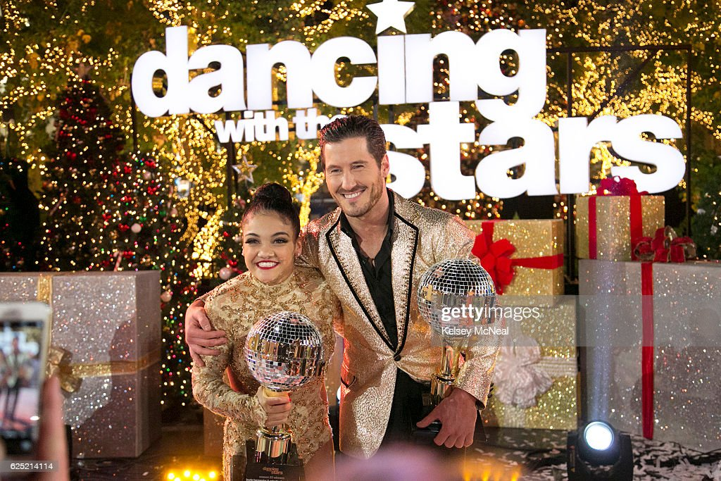 "ABC's ""Dancing With the Stars"": Season 23 - Finale : News Photo"