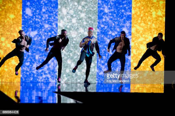 """Episodes 2410"""" - After weeks of stunning competitive dancing, the final three couples advance to the finals of """"Dancing with the Stars,"""" live,..."""