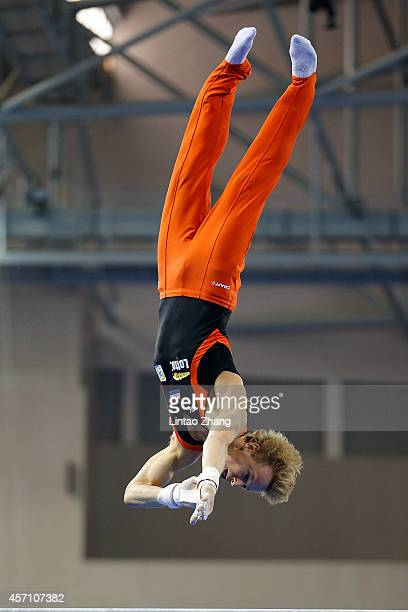 Epke Zonderland of the Netherlands performs on the Horizontal Bar during the Men's Horizontal Bar Final on day six of the 45th Artistic Gymnastics...