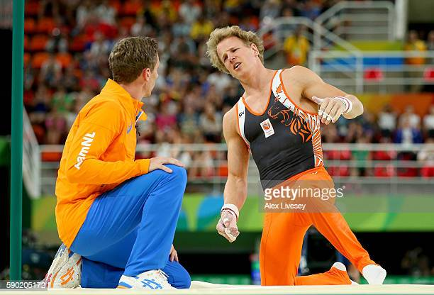 Epke Zonderland of the Netherlands reacts after falling while competing on the Horizontal Bar Final on Day 11 of the Rio 2016 Olympic Games at the...