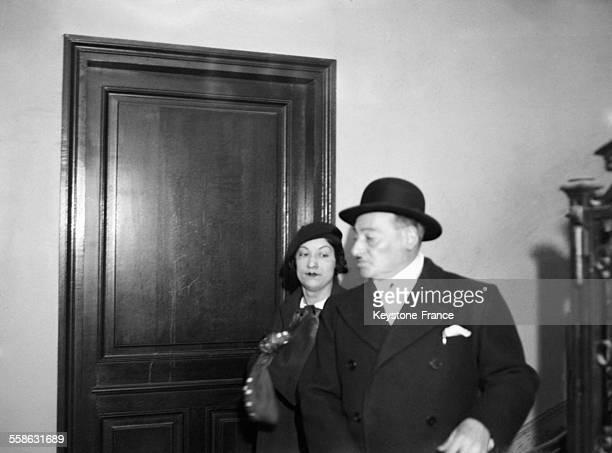 L'epouse de l'homme de confiance de Stavisky Gilber Romagnino sortant du cabinet du juge d'instruction a Paris France le 24 mars 1934