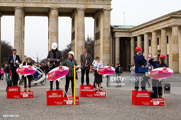 Gleicher Lohn Tag demonstration vor dem Brandenburger Tor