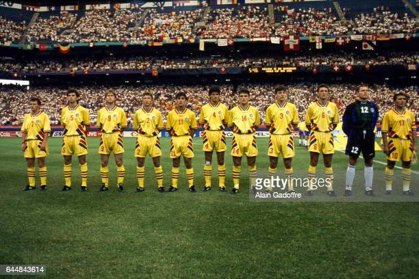 Equipe Roumanie Roumanie / Suisse Coupe du Monde 1994 Photo Alain Gadoffre / Icon Sport Bogdan Stelea / Dan Petrescu / Daniel Prodan / Miodrag...