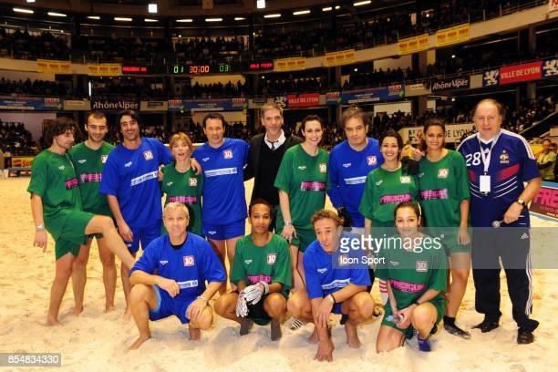 Equipes Le Show Beach soccer a Lyon Tournoi des celebrites Match caritatif pour l'association Un sourire Un espor pour la vie