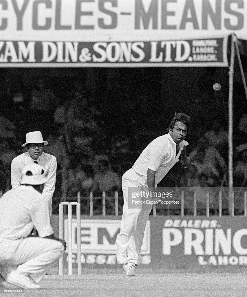 Erapalli Prasanna bowling for India during the 2nd Test match between Pakistan and India at the Gaddafi Stadium Lahore Pakistan circa October 1978