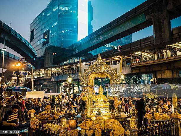 エラワン聖堂バンコク(タイ) - エラワン聖堂 ストックフォトと画像