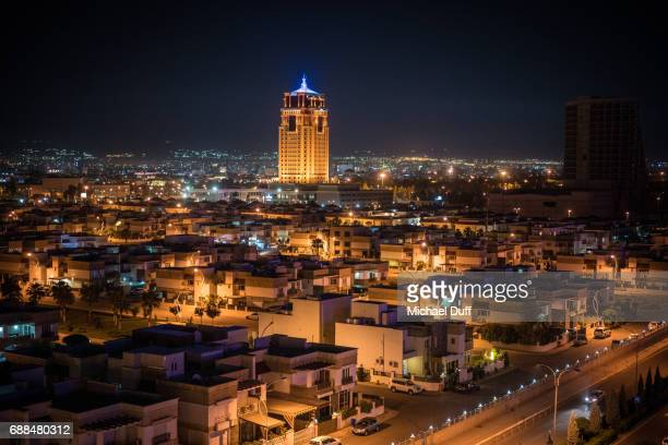 erbil, iraq at night - iraq stock pictures, royalty-free photos & images