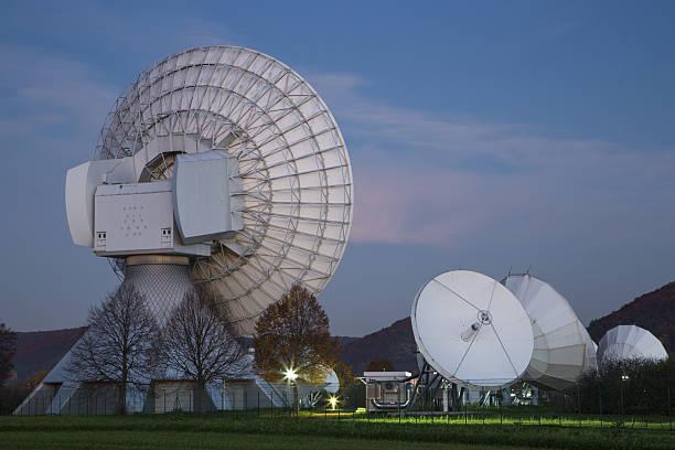 Erdfunkstelle Fuchsstadt Intelsat Teleport at dusk