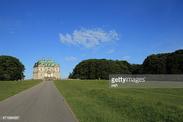 eremitage slottet palace in the deer garden - pejft stock pictures, royalty-free photos & images