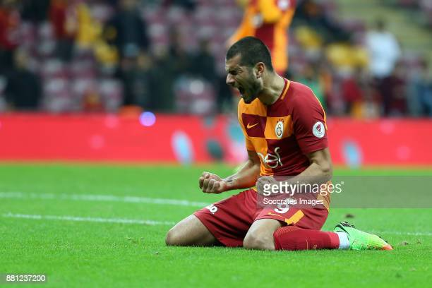 Eren Derdiyok of Galatasaray celebrates during the Turkish Cup match between Galatasaray v Sivas Belediyespor at the Türk Telekom Stadyumu on...