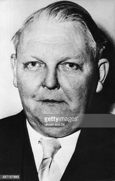 Erhardt Ludwig Politician CDU Germany Portrait about 1950 Vintage property of ullstein bild