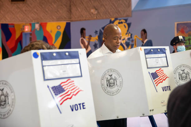 NY: Voters Cast Ballots In NYC Democratic Mayoral Primary Election