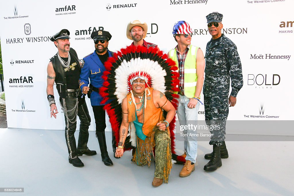 amfAR's 23rd Cinema Against AIDS Gala - Arrivals  - The 69th Annual Cannes Film Festival : News Photo