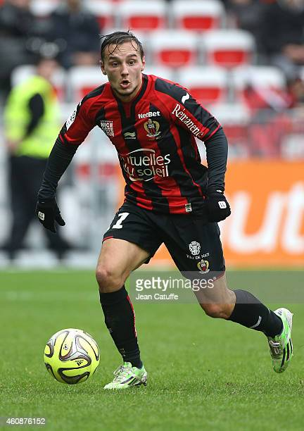 Eric Bautheac of Nice in action during the French Ligue 1 match between OGC Nice and AS SaintEtienne ASSE at the Allianz Riviera stadium on December...