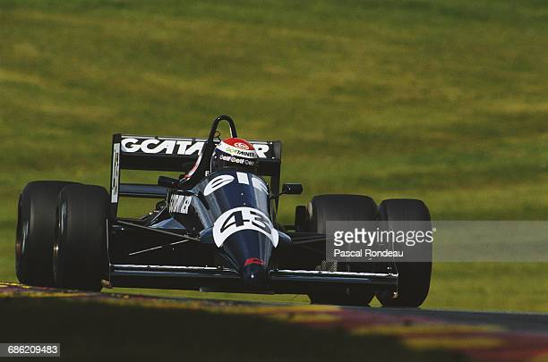 Eric Bernard of France drives the Bromley Motorsport Reynard 88D NM Cosworth during practice for the FIA International F3000 Championship race on 20...