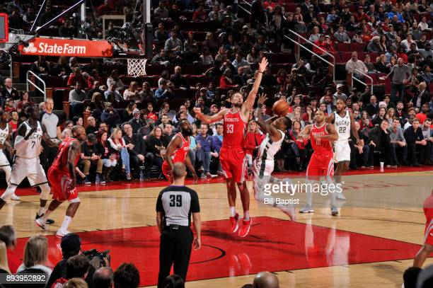Eric Bledsoe of the Milwaukee Bucks shoots the ball against the Houston Rockets on December 16 2017 at the Toyota Center in Houston Texas NOTE TO...