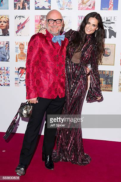 Eric Buterbaugh and Demi Moore arrive for the Gala to celebrate the Vogue 100 Festival at Kensington Gardens on May 23 2016 in London England