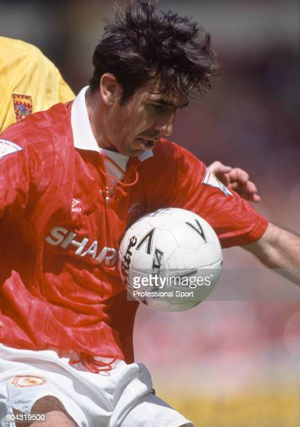 Eric Cantona of Manchester United in action during the FA Charity Shield match between Arsenal and Manchester United at Wembley Stadium on August 07...