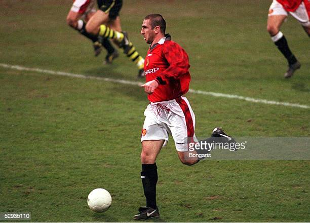 FUSSBALL Champions League DORTMUND MANCHESTER 10 Eric CANTONA/Manchester 090497