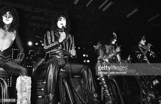 Eric Carr Paul Stanley Ace Frehley and Gene Simmons of the rock and roll band 'Kiss' during a press conference on October 28 1982 in Los Angeles...