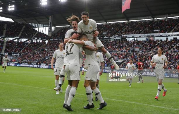 Eric ChoupoMoting of Paris SaintGermain celebrate his goal with teammattes during the Ligue 1 match between Rennes and Paris Saint Germain at Roazhon...