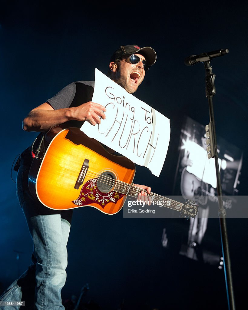 Eric Church performs during 2014 Bayou Country Superfest at LSU Tiger Stadium on May 25, 2014 in Baton Rouge, Louisiana.