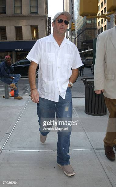 Eric Clapton walks on Madison Avenue on his way to a restaurant September 28 2006 in New York City