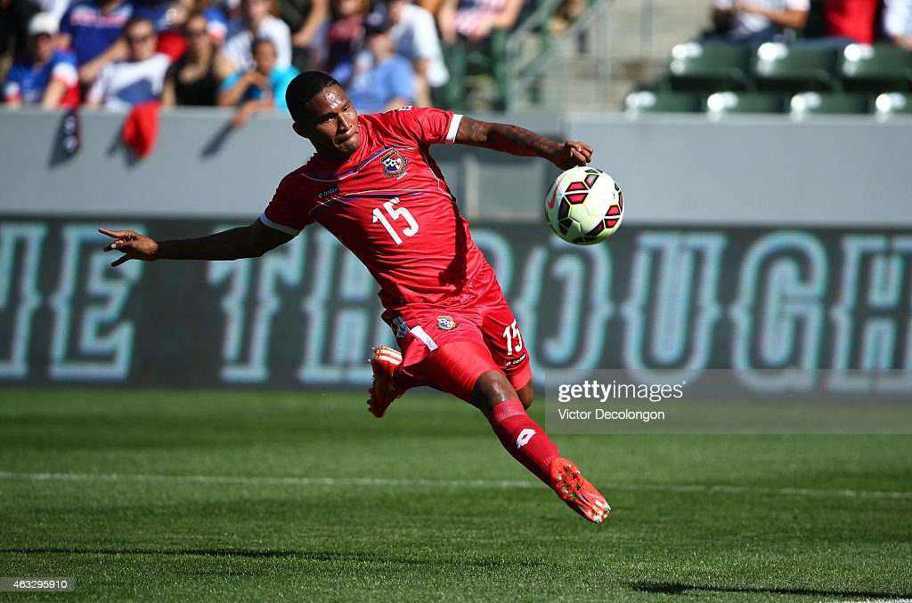 Eric Davis #15 of Panama looks to strike the ball on goal in the first half during the international men's friendly match against the USA at StubHub Center on February 8, 2015 in Los Angeles, California.