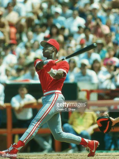 ANAHEIM CA Eric Davis of the Cincinnati Reds during the Home Run Derby at the 1989 MLB All Star game at the Big A in Anaheim California