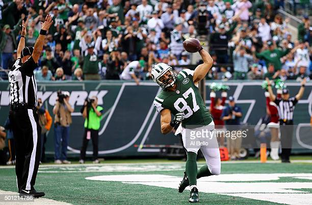Eric Decker of the New York Jets celebrates scoring a touchdown in the first quarter against the Tennessee Titans during their game at MetLife...