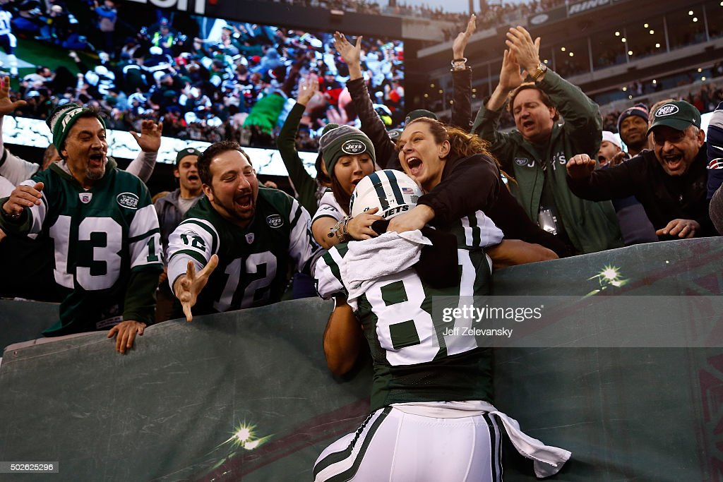 Eric Decker of the New York Jets celebrates with fans in the stands ... 1af598e12