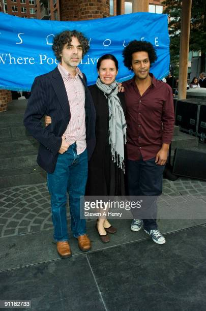 Eric Della Penna Natalie Merchant and Gabriel Gordon attend the Poets House on September 26 2009 in New York City