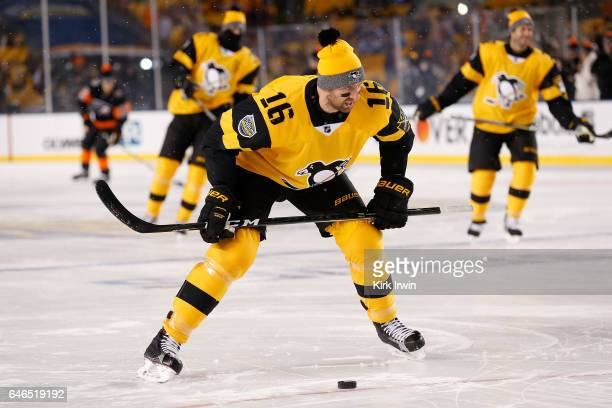 Eric Fehr of the Pittsburgh Penguins warms up prior to the start of the game against the Philadelphia Flyers at Heinz Field on February 25 2017 in...