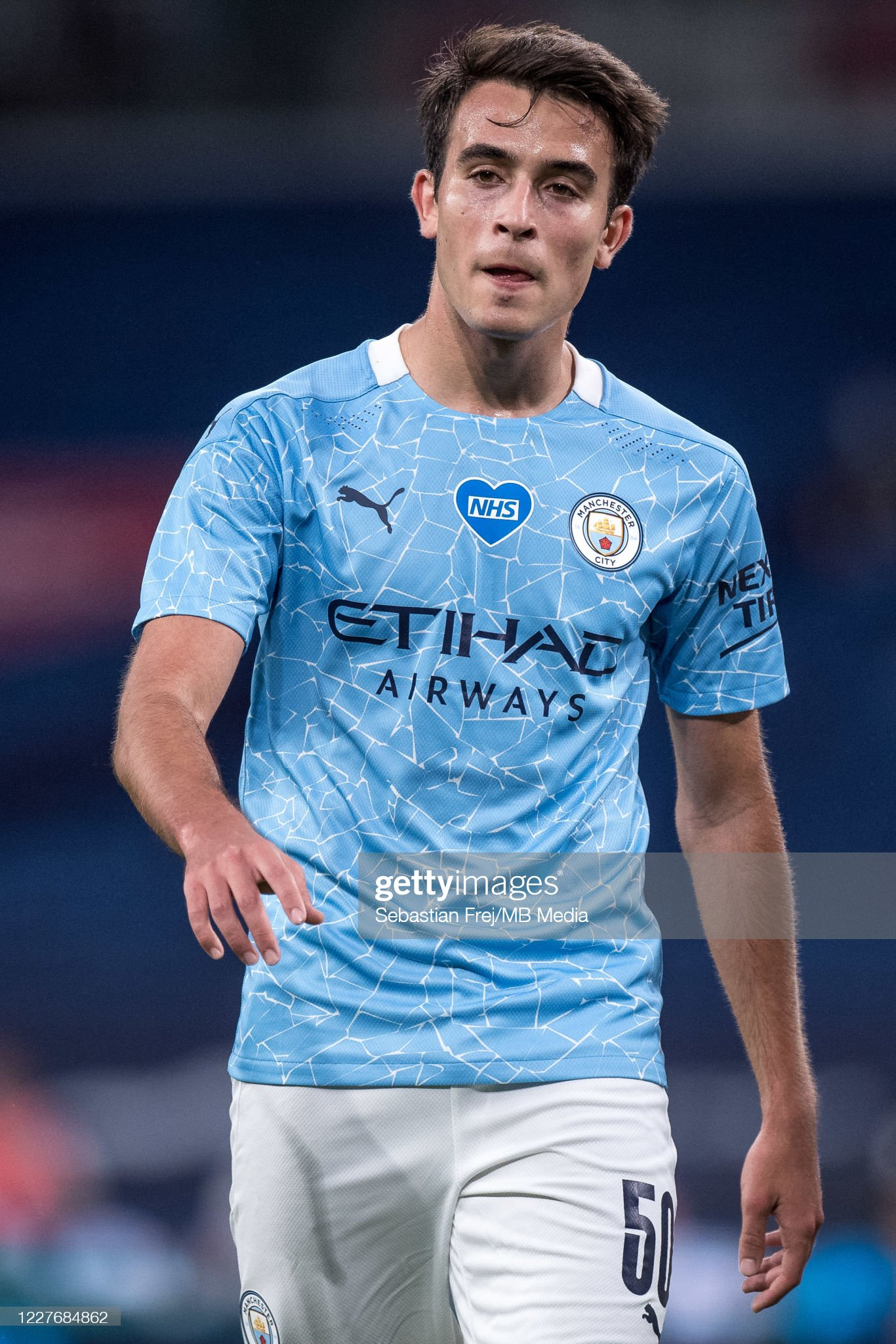 ¿Cuánto mide Eric Garcia? - Altura - Real height Eric-garcia-of-manchester-city-looks-on-during-the-fa-cup-semi-final-picture-id1227684862?s=2048x2048