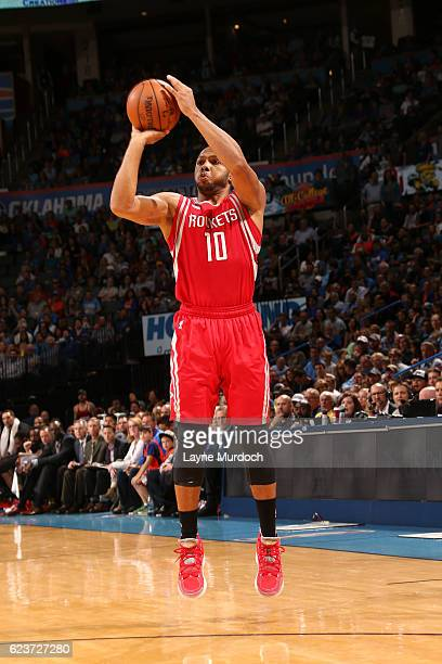 Eric Gordon of the Houston Rockets shoots the ball during the game against the Oklahoma City Thunder on November 16 2016 at Chesapeake Energy Arena...