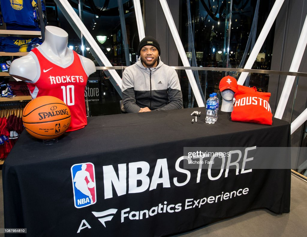 best service ba2c6 72d91 Eric Gordon of the Houston Rockets visits the NBA Store on ...