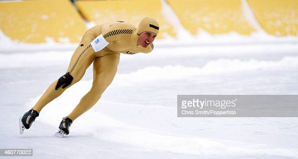 Eric Heiden of the USA en route to winning a gold medal during the 10000 metres speed skating race at the Winter Olympic Games in Lake Placid USA on...
