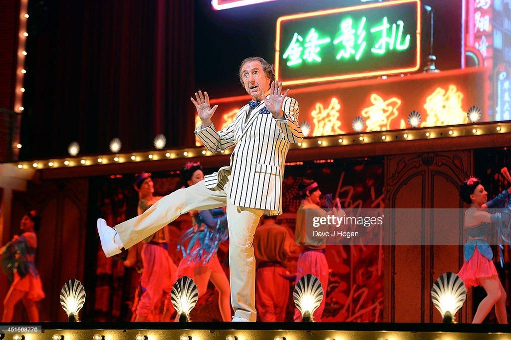 "Opening Night ""Monty Python Live (Mostly)"" : News Photo"