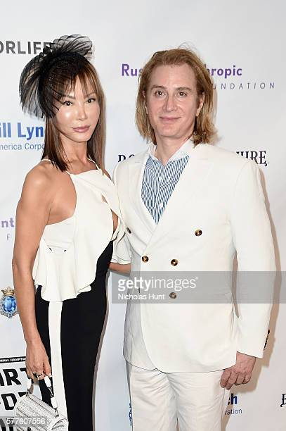 Eric Javits attends Rush Philanthropic Arts Foundation's 2016 ART FOR LIFE Benefit at Fairview Farms on July 16 2016 in Bridgehampton New York