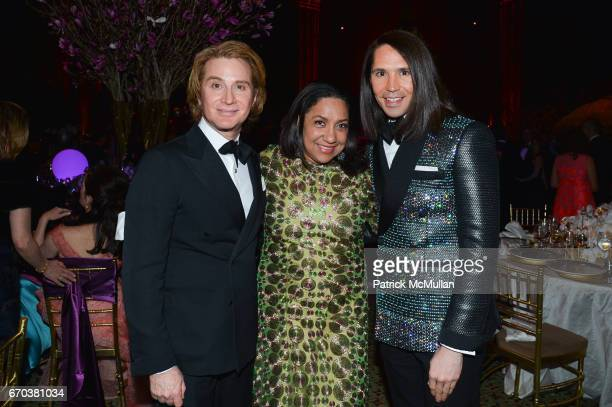 Eric Javits Gloria Fieldcamp and Di Mondo attend LHNH honours Geoffrey Bradfield and John Manice at Cipriani 42nd Street on April 18 2017 in New York...