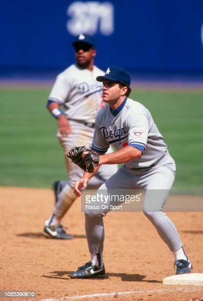 Eric Karros of the Los Angeles Dodgers in action against the New York Mets during a Major League Baseball game circa 1995 at Shea Stadium in the...