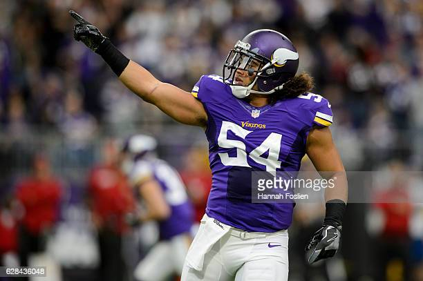Eric Kendricks of the Minnesota Vikings celebrates a play against the Arizona Cardinals during the game on November 20, 2016 at US Bank Stadium in...