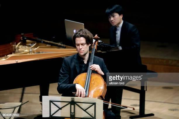 Eric Le Sage gastiert in Begleitung von Alec FrankGemmill Christian Poltéra Sebastian Klinger und Kit Armstrong Philharmonie Köln