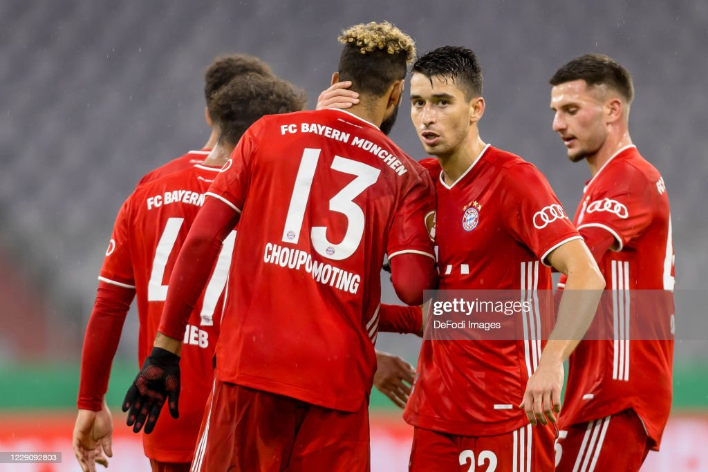 1. FC Dueren v FC Bayern Muenchen - DFB Cup: First Round : News Photo