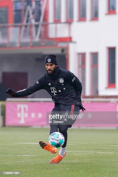 Eric Maxim ChoupoMoting of FC Bayern Muenchen plays a ball during a training session at Saebener Strasse training ground on November 26 2020 in...
