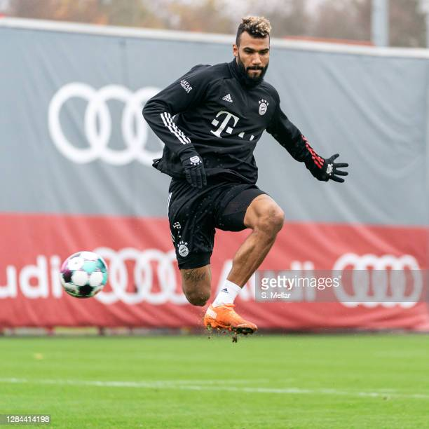 Eric Maxim ChoupoMoting of FC Bayern Muenchen plays the ball during a training session at Saebener Strasse training ground on November 06 2020 in...