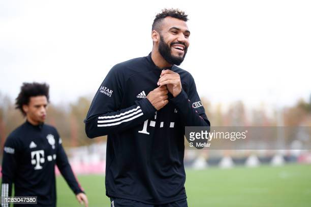 Eric Maxim ChoupoMoting of FC Bayern Muenchen smiles as he arrives for a training session at Saebener Strasse training ground on October 30 2020 in...