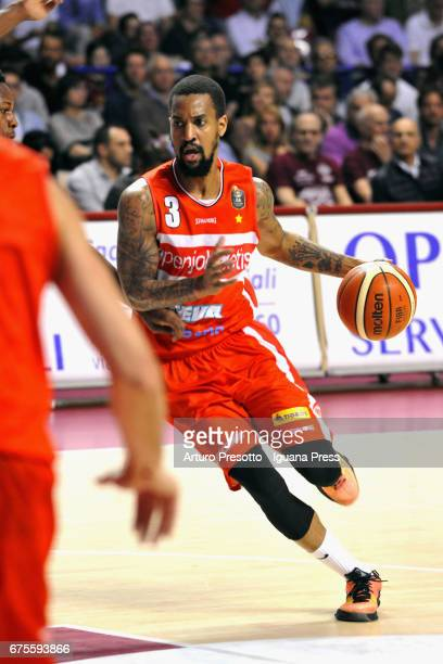 Eric Maynor of Openjobmetis in action during the LegaBasket of Serie A1 match between Reyer Umana Venezia and Openjobmetis Varese at Palasport...