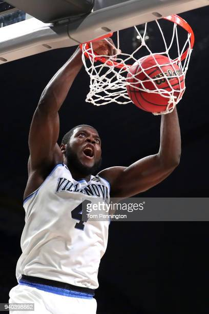 Eric Paschall of the Villanova Wildcats dunks in the second half against the Kansas Jayhawks during the 2018 NCAA Men's Final Four Semifinal at the...