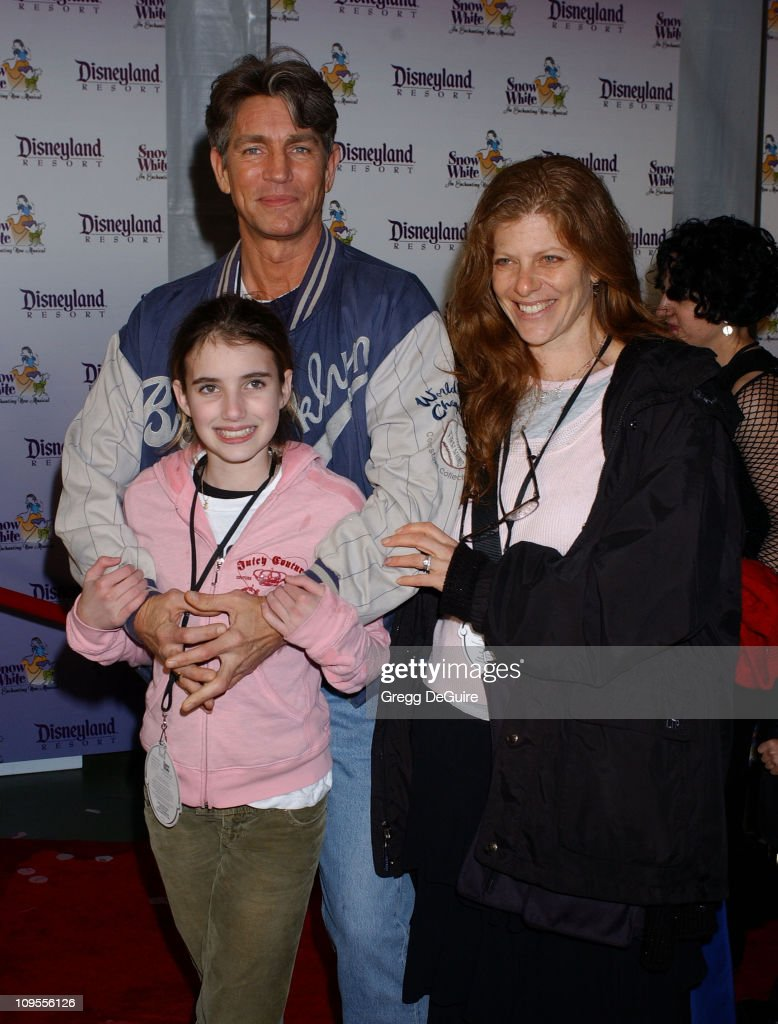 """Snow White - An Enchanting New Musical"" Premiere - Arrivals : News Photo"